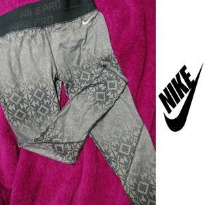 💖 Nike Pro Leggings 💖